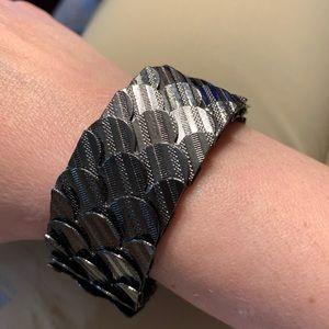 Jewelmint scale bracelet